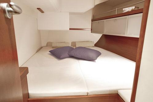 Sailing yacht charters Amalfi Coast Hanse 470