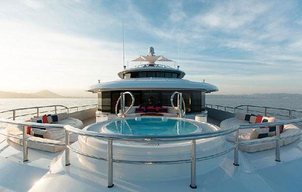 Arredamento interni yacht arredamento interni alberghi for Arredamento barca